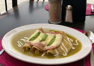 Enchiladas Suizas Verdes - Restaurante Santa Rosa en San Pedro Cholula