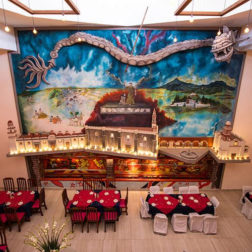 Mural Mexicano Quetzalcoatl en Hotel Santa Rosa en Cholula - Grupo Santa Rosa